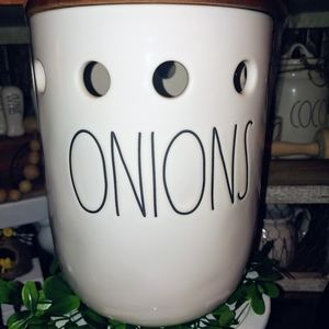 Rae Dunn Large Letter Onions Canister